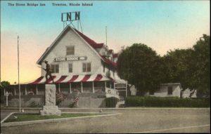 Stone Bridge Inn & WWI Doughboy Statue